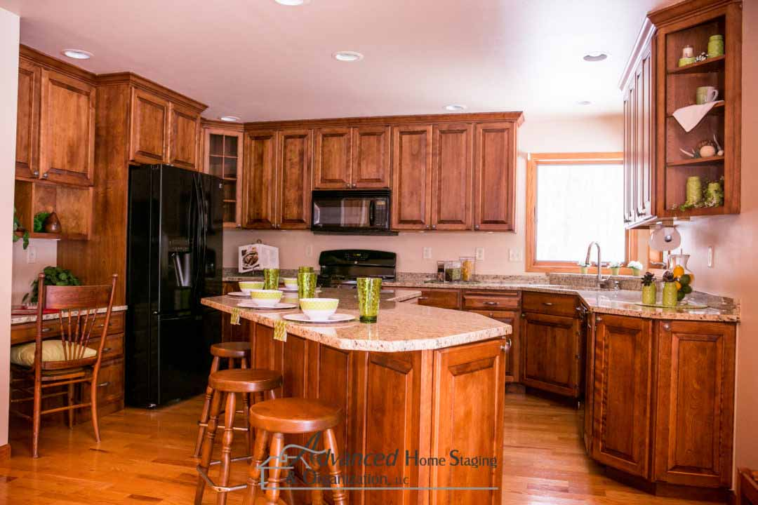 advanced-home-staging-kitchen-slider